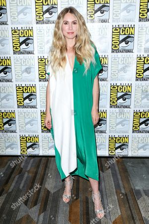 """Sarah Carter attends the """"Falling Skies"""" press line on day 2 of Comic-Con International, in San Diego"""