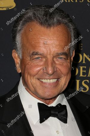 Ray Wise arrives at the 2015 Daytime Creative Arts Emmy Awards at The Universal Hilton, in Universal City, Calif