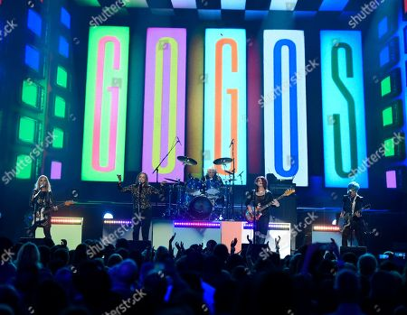 Charlotte Caffey, from left, Belinda Carlisle, Gina Schock, Abby Travis and Jane Wiedlin, of The Go Go's, perform We Got The Beat at the Billboard Music Awards at the T-Mobile Arena, in Las Vegas