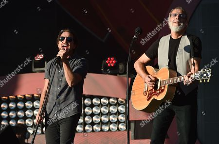 Musicians Eddie Vedder, left, and Yusuf Cat Stevens perform together at the 2016 Global Citizen Festival in Central Park, in New York
