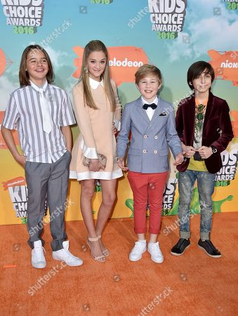 Mace Coronel, from left, Lizzy Greene, Casey Simpson, and Aidan Gallagher arrive at the Kids' Choice Awards at The Forum, in Inglewood, Calif