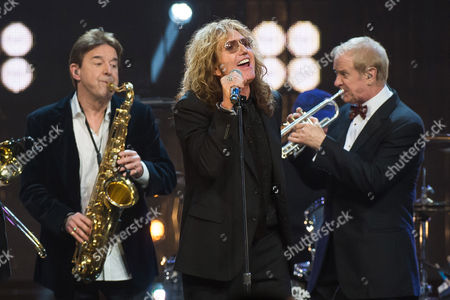 Walter Parazaider, left, David Coverdale and Lee Loughnane perform at the 31st Annual Rock and Roll Hall of Fame Induction Ceremony at the Barclays Center, in New York