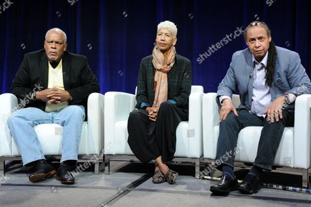 """Director Stanley Nelson Jr., from left, Ericka Huggins and Jamal Joseph participate in """"The Black Panthers"""" panel at the PBS Winter TCA, in Pasadena, Calif"""