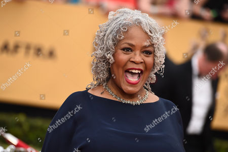 Stock Image of Yvette Freeman arrives at the 21st annual Screen Actors Guild Awards at the Shrine Auditorium, in Los Angeles