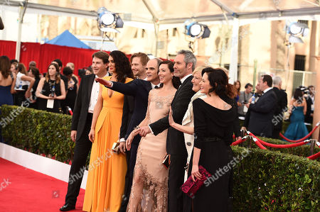 Derek Cecil, from left, Mozhan Marno, Jimmi Simpson, Michael Kelly, Molly Parker, Michael Gill, Jayne Atkinson, and Joanna Going arrives at the 21st annual Screen Actors Guild Awards at the Shrine Auditorium, in Los Angeles
