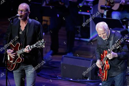 Peter Frampton, right, performs with Gordon Kennedy during the 54th Annual ASCAP Country Music Awards at the Ryman Auditorium on in Nashville, Tenn