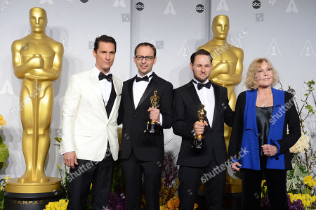 "Presenters Matthew McConaughey, left, and Kim Novak, right, pose with Laurent Witz, second left, and Alexandre Espigares, in the press room with their award for best animated short film for ""Mr. Hublot"" during the Oscars at the Dolby Theatre, in Los Angeles"