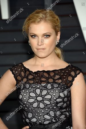 Eliza Taylor arrives at the 2015 Vanity Fair Oscar Party, in Beverly Hills, Calif