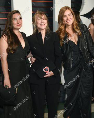 Sissy Spacek, center, with her daughters Madison Fisk, left, and Schuyler Fisk arrive at the Vanity Fair Fair Oscar Party at the Wallis Annenberg Center, in Beverly Hills, Calif
