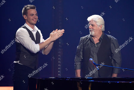 Clark Beckham, left, and Michael McDonald perform at the American Idol XIV finale at the Dolby Theatre, in Los Angeles