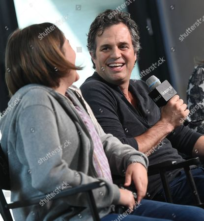 """Actors Imogene Wolodarsky, left, and Mark Ruffalo participate in AOL's BUILD Speaker Series to discuss the new film, """"Infinitely Polar Bear,"""" at AOL Studios, in New York"""