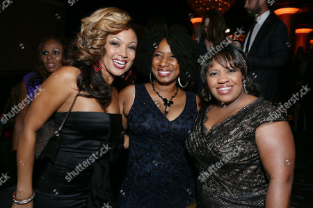 From left, Chante Moore, executive director of CoachArt Thyonne Gordon, Ph.D., and Chandra Wilson attend the CoachArt Gala of Champions in Beverly Hills, Calif. on