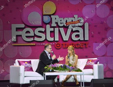 From left, Marco Witt and Myrka Dellanos speak onstage during Sunday for the Soul at Festival People en Espanol 2013, on at Henry B. Gonzalez Convention Center in San Antonio, Texas