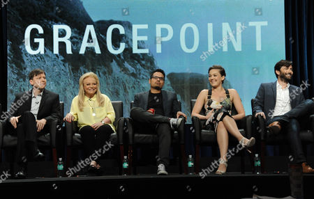 """Kevin Rankin, from left, Jacki Weaver, Michael Pena, Virginia Kull and David Tennant speak on stage during the """"Gracepoint"""" panel at the The FOX 2014 Summer TCA held at the Beverly Hilton Hotel, in Beverly Hills, Calif"""