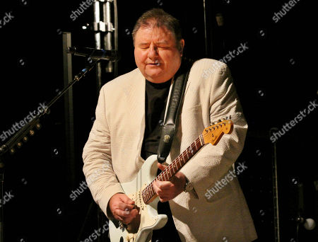 Greg Lake, singer, songwriter, bassist for legendary British rock bands King Crimson and Emerson, Lake & Palmer. Greg Lake passed away Dec. 7th, 2016 at the age of 69. Greg Lake performs at the Variety Playhouse, in Atlanta