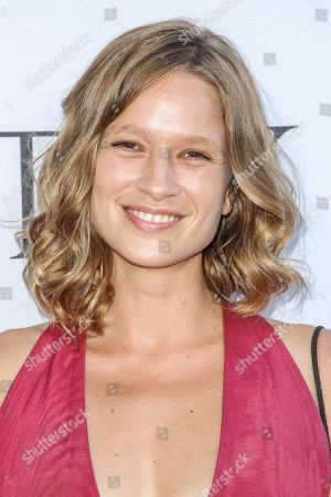 Amy Ferguson attends the world premiere of 'UNITY' at the DGA Theater on in Los Angeles