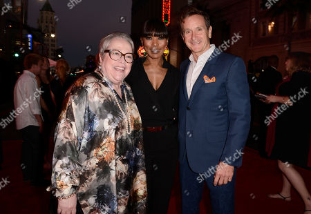 "Kathy Bates, and from left, Angela Bassett and executive producer Dante Di Loreto arrive at the premiere screening of ""American Horror Story: Freak Show"" at the TCL Chinese Theatre, in Los Angeles"