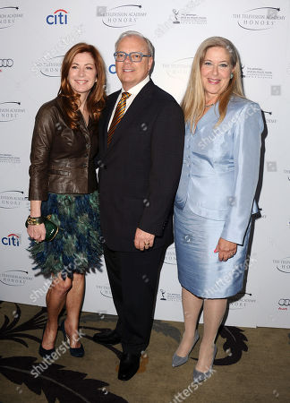 """L-R) Actor Dana Delany and Co-Chairs of the Television Cares Committee Lynn Roth and John Shaffner arrive at the Academy of Television Arts & Sciences Presents """"The 6th Annual Television Honors"""" at the Beverly Hills Hotel on in Beverly Hills, Calif"""