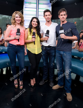 "Jewel Staite, Cassie Steele, Joe Dinicol, and Jonathan Patrick Moore visit New.Music.Live. at the MuchMusic HQ to promote the second season of ""The L.A. Complex"", in Toronto"