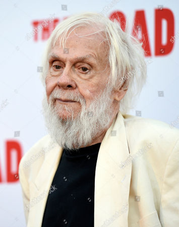 Artist John Baldessari poses at The Broad museum's opening and inaugural dinner, in Los Angeles