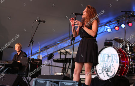 Eric Hölljes and Elizabeth Hopkins of Delta Rae perform at the Voodoo Experience, in New Orleanse