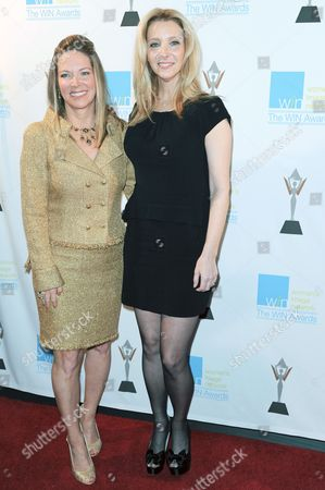 From left, Maria Arena Bell, and Lisa Kudrow attends the 14th Annual Women's Image Network Awards at Paramount Studios, in Los Angeles