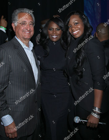 Del Bryant, BMI President & CEO, Catherine Brewton, BMI Vice President and Fantasia backstage at the BMI Urban Awards honoring Mariah Carey held at the Saban theatre, in Beverly Hills, Calif