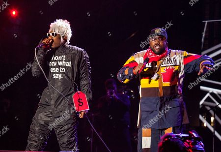 """Andre """"Andre 3000"""" Benjamin and Antwan """"Big Boi"""" Patton of Outkast perform at the Voodoo Music Experience, in New Orleans"""