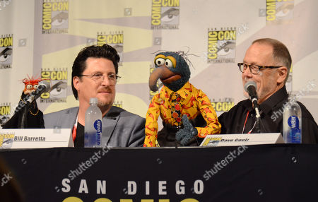 "Pepe the King Prawn, from left, puppeteer Bill Barretta, The Great Gonzo, and puppeteer Dave Goelz attend ""The Muppets"" panel on day 3 of Comic-Con International, in San Diego"
