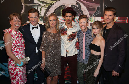 Jill E. Blotevogel, from left, Connor Weil, Tracy Middendorf,Tom Maden, John Karna, Carlson Young and Amadeus Serafini arrive at the MTV Video Music Awards at the Microsoft Theater, in Los Angeles