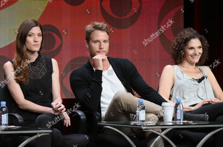 """Jennifer Carpenter, from left, Jake McDorman and Mary Elizabeth Mastrantonio participate in the """"Limitless"""" panel at the CBS Summer TCA Tour at the Beverly Hilton Hotel, in Beverly Hills, Calif"""