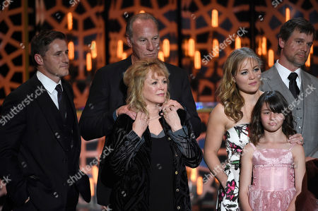 """Sam Jaeger, and from left, Craig T. Nelson, Bonnie Bedelia, Erika Christensen, Savannah Paige Rae, and Peter Krause accept the fan favorite award for """"Parenthood"""" at the TV Land Awards at the Saban Theatre, in Beverly Hills, Calif"""