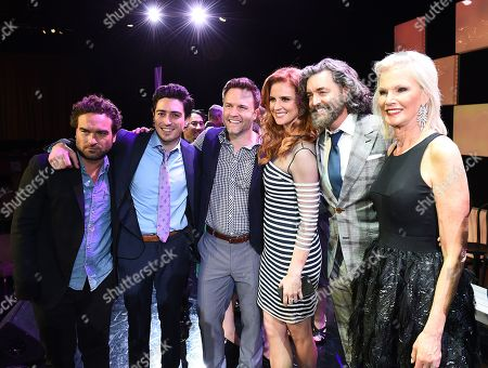 "Johnny Galecki, and from left, Ben Feldman, Scott Porter, Sarah Rafferty, Timothy Omundson and Laurie Burrows Grad attend the 23rd annual ""A Night at Sardi's"" to benefit the Alzheimer's Association at the Beverly Hilton Hotel, in Beverly Hills, Calif"