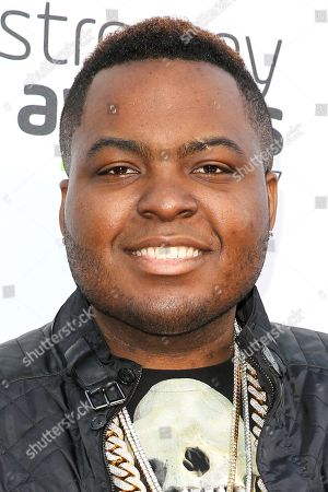 Sean Kingston arrives at the 5th Annual Streamy Awards at the Hollywood Palladium, in Los Angeles