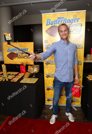 Actor David Anders samples Butterfinger Cups, as Butterfinger butts into awards season at Kari Feinstein's Oscars Style Lounge on in West Hollywood, Calif. Fans can see more of the Butterfinger Commentators at ButterfingerCups.com