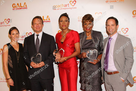 From left, co-founder of CoachArt Leah Bernthal, honorees Jeremy Zimmer, CEO and co-founder of UTA, Robin Roberts, Sally-Ann Roberts and co-founder of CoachArt Zander Lurie arrive at the CoachArt Gala of Champions in Beverly Hills, Calif. on