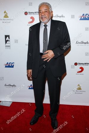 Bill Withers arrives at the GRAMMY Museum gala tribute concert on in Los Angeles