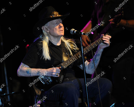 Johnny Winter performs during Hippiefest at the Seminole Coconut Creek Casino on in Coconut Creek, Fla