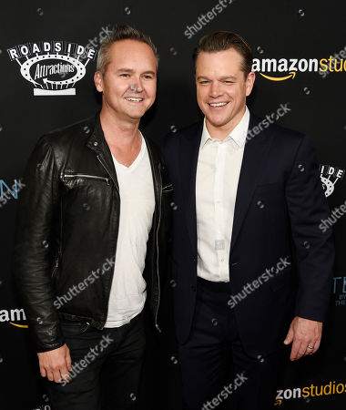 """Roy Price, left, head of Amazon Studios, poses with Matt Damon, producer of """"Manchester by the Sea,"""" at the premiere of the film at the Samuel Goldwyn Theater, in Beverly Hills, Calif"""
