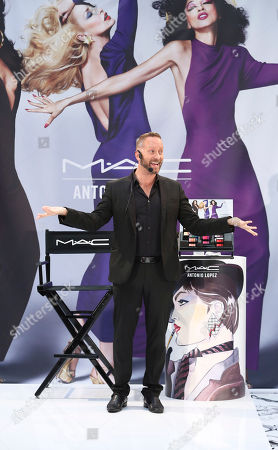 Gregory Arlt, Director of Makeup Artistry for MAC Cosmetics presents during the MAC Cosmetics media event at South Coast Plaza, in Costa Mesa, Calif