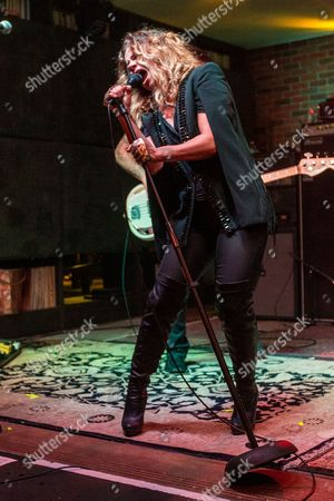 """Nikka Costa performs during the """"Music On A Mission"""" benefit concert held at Lucky Strike Live - Hollywood on in Los Angeles"""