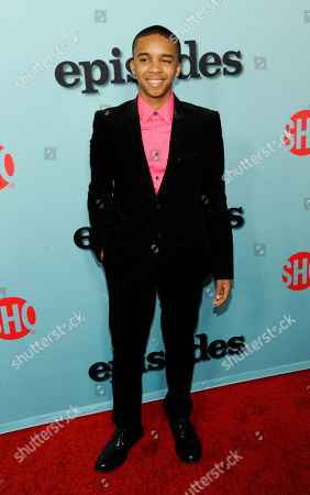 "Donis Leonard Jr., a cast member in ""House of Lies,"" poses at a premiere event for the new seasons of Showtime's original comedy series ""Shameless,"" ""House of Lies"" and ""Episodes"" at Cecconi's restaurant, in West Hollywood, Calif"