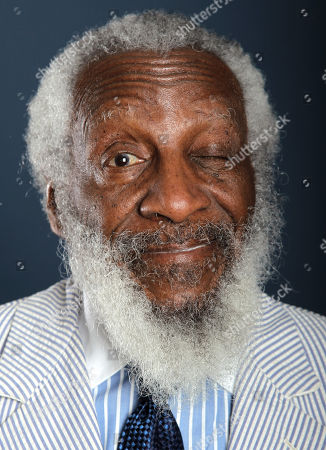 """Comedian and activist Dick Gregory, from the upcoming documentary film """"Soul Food Junkies"""", poses for a portrait during the PBS TCA Press Tour, in Beverly Hills, Calif"""