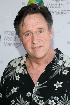Robert Hays attends The Screen Actors Guild Foundation's 6th Annual Los Angeles Golf Classic, in Burbank, Calif