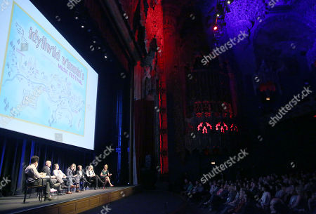 J.J. Abrams, from left, Jill Soloway, Jeffrey Tambor, Ali Liebegott, Jim Frohna, Cat Smith, Sunny Hodge, and Zackary Drucker attend Transparent: Anatomy of an Episode at Ace Hotel, in Los Angeles