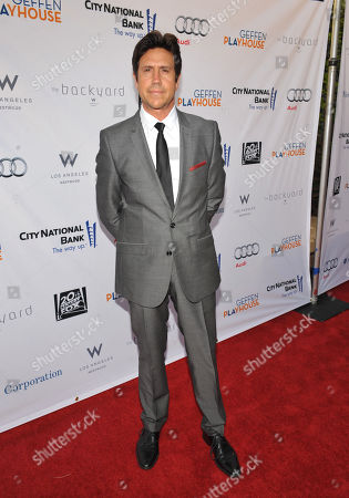 """Nelson De La Nuez arrives at the """"Backstage At The Geffen"""" Fundraiser at the Geffen Playhouse on in Los Angeles"""