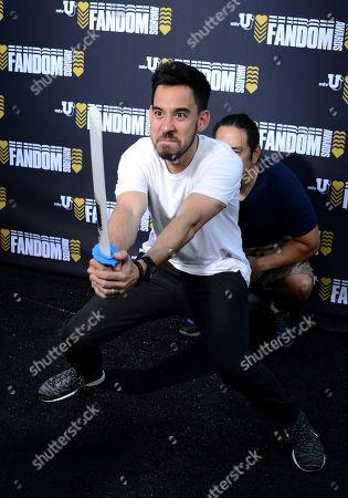 Mike Shinoda, left, and Joe Hahn of Linkin Park attend the mtvU Fandom Awards at MTV Fan Fest at Comic-Con, in San Diego