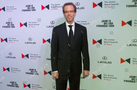 Chef Dan Barber walks the red carpet during the 2015 James Beard Awards at Lyric Opera of Chicago on in Chicago