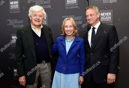 Stock Image of Hal Holbrook, from left, Doris Kearns Goodwin and Gary Sinise arrive at the Los Angeles Dinner : What You Do Matters at the Beverly Hilton Hotel, in Beverly Hills, Calif