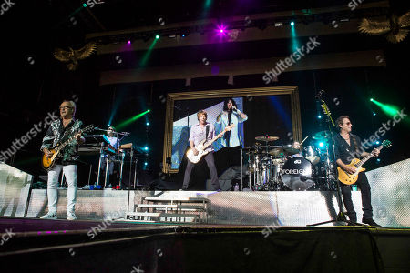 Mick Jones, Thom Gimbel, Jeff Pilson, Kelly Hansen, Michael Bluestein, Chris Frazier and Bruce Watson with Foreigner opens for Kid Rock during the Cheap Date Tour 2015 at Aaron's Amphitheatre, in Atlanta
